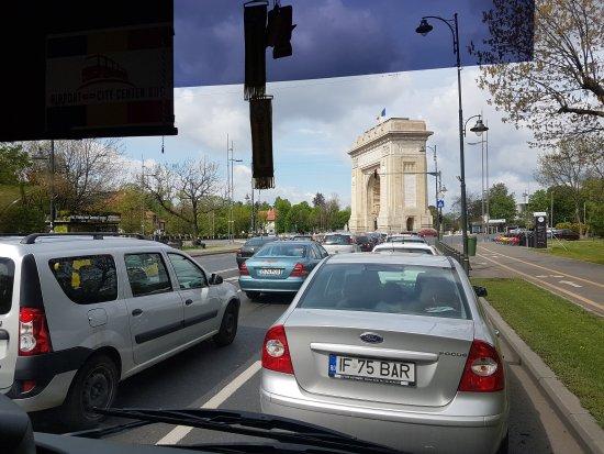 Triumph Arch: 20170418_111546_large.jpg