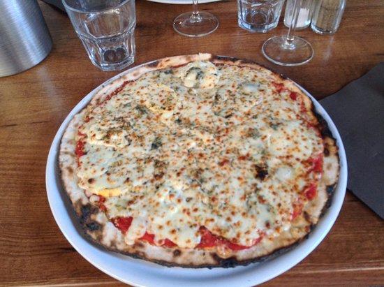 Restaurant auberge des ecuyers dans saumur avec cuisine for Auberge des 7 plats