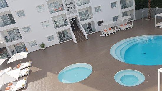 Ibiza Sun Apartments: IMG-20170827-WA0002_large.jpg