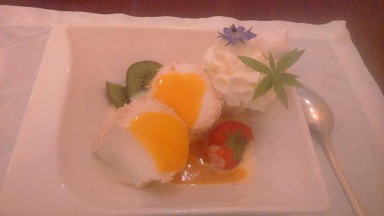 Belle-Isle-en-Terre, France : Dessert succulent.
