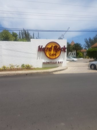 Hard Rock Cafe Montego Bay: 20170805_110726_large.jpg