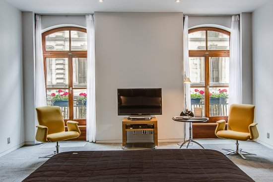 Hotel Gault: Loft Deluxe - Bright and spacious loft, King size bed, Bathroom with heated floor.