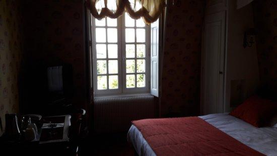 Chateau de Beaulieu: 20170816_190356_large.jpg