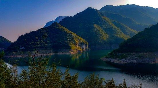 Province of Brescia, Italia: Lago di Valvestino
