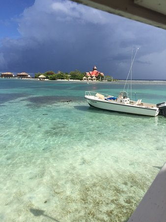 7be19d5ca67ea0 Sandals Royal Caribbean Resort and Private Island  Sandals royal Caribbean    Caribbean deluxe room