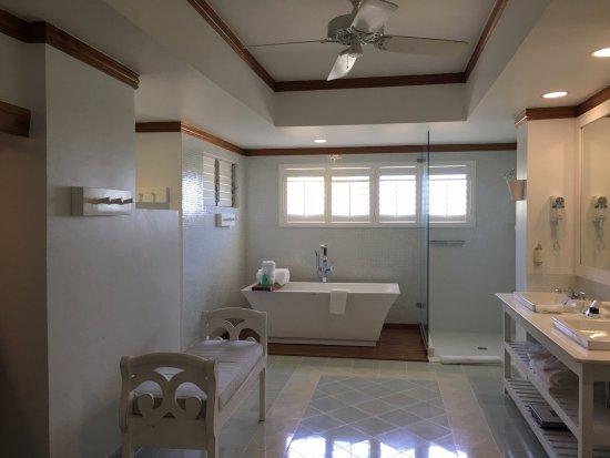 Couples Negril: Bathroom 1301