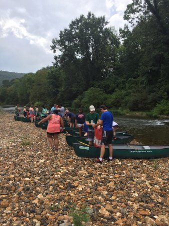 Glenwood, AR: Lucky's canoe rental float trips