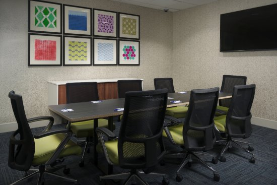 Holiday Inn Express and Suites Independence: Meeting Space Available