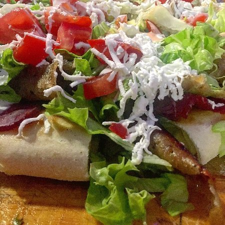 Sisak, Chorwacja: #baguette2# The dishes are delicious, the Mediterranean flavors, the portions are great, the pri