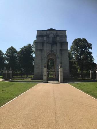 The Arch of Rememberance