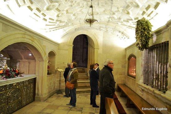 Alcalá de Henares, España: Belíssimo local de visitação no subsolo da Catedral.