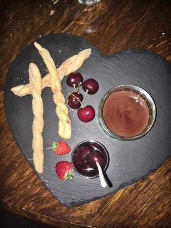 Cafe Roya: photo2.jpg