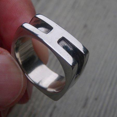 Merrickville, Canada: white gold men's wedding ring