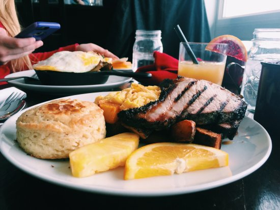 Hannawa Falls, NY: Sunday Brunch 10am-2pm, reservations strongly encouraged