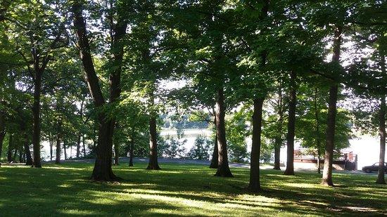 Evansville, WI: Upper park view
