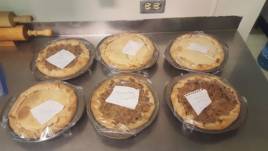 Savona, Καναδάς: Homemade Pies; Apple, Cherry, and Blueberry