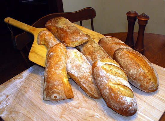 Mansfield Center, CT: Examples of homemade bread