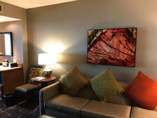 Embassy Suites by Hilton Dallas Frisco Hotel Convention Center & Spa Photo