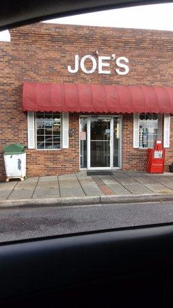 Easley, SC: Outside...across from railroad tracks