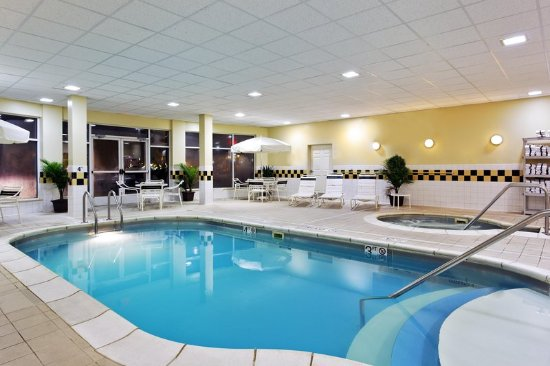 Hotels In Springfield Il With Hot Tub In Room