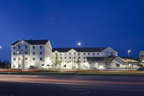 Welcome to Homewood Suites by Hilton Clovis, CA