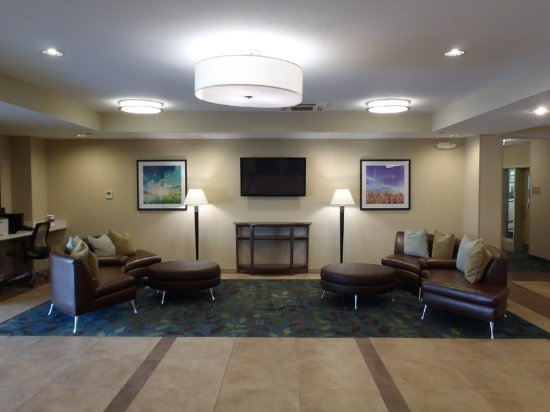 Auburn, AL: Sitting Area