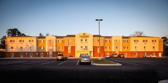 Auburn, AL: Exterior Photo