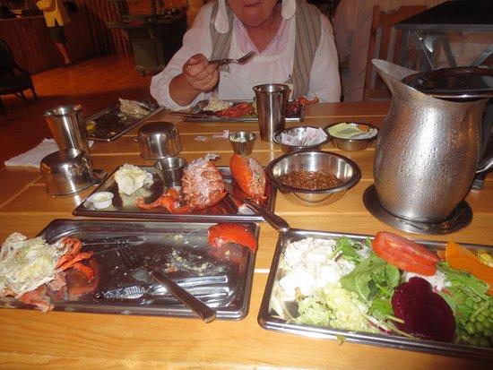 Beggar's Banquet: Plenty to eat. Great Fun!!