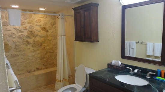 The Palms at Pelican Cove: Bathroom, although not a full shot, as sink was a double sink style