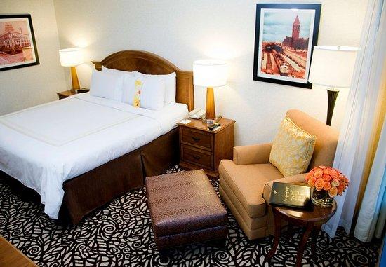 Pewaukee, Ουισκόνσιν: Concierge Level Guest Room