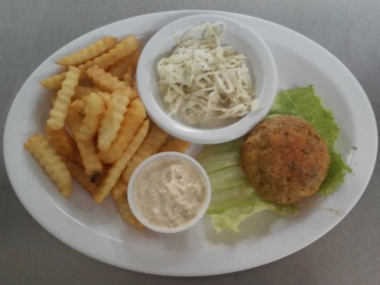 Newport, NC: To die for Crab Cake!! Excellent!