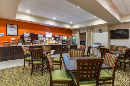 Holiday Inn Express Hotel & Suites New Tampa I-75 Bruce B. Downs: Breakfast Area