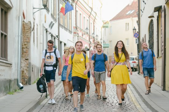 Yellow Vilnius Free Walking Tour