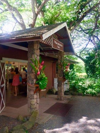 Kaneohe, HI: Front Entrance