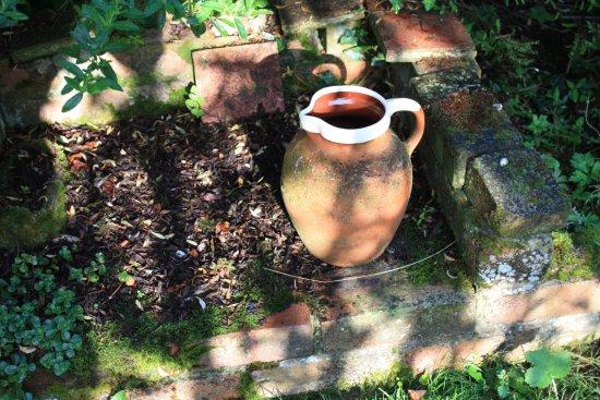 Thursford Green, UK: items around in the garden