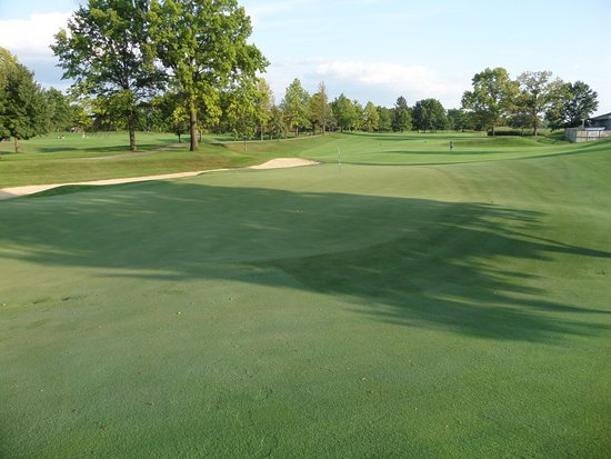Brickyard Crossing Golf Course: Large challenging greens