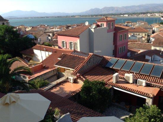 Pension Marianna: Vue sur la ville et sur une partie de l'hôtel