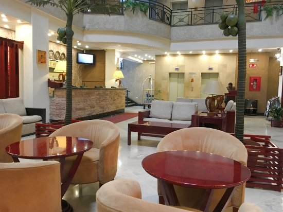 Wassamar Hotel: Great, spacious lobby