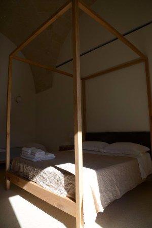 letto con baldacchino - Picture of Masseria Mo\', Galatina - TripAdvisor