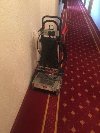 Wellness-Sport-Hotel Bayerischer Hof: Modernste Reinigungsgeräte...