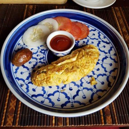 3 Nagas Restaurant: breakfast