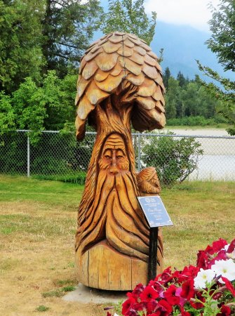 Chainsaw carving picture of art walk hope tripadvisor