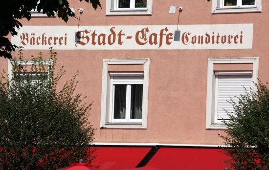 Tittmoning, Germany: Konditorei Stadtcafe