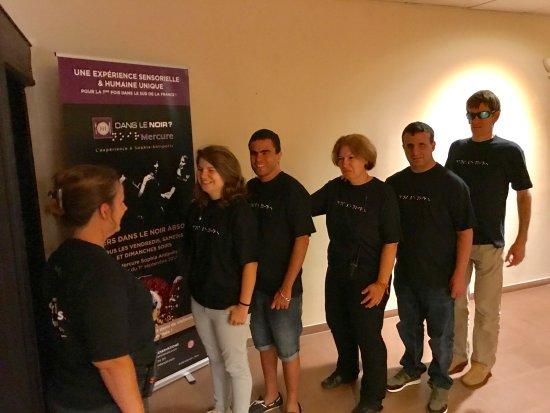 Sophia Antipolis, Fransa: La formation de l'équipe de guides/serveurs !