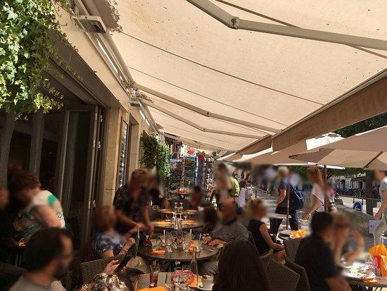 Restaurant Anne de Bretagne: La terrasse