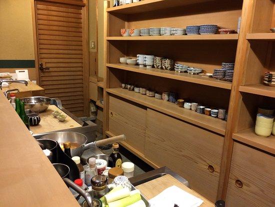 Küche , Tresen , 8 Plätze - Picture of Chihana, Kyoto - TripAdvisor