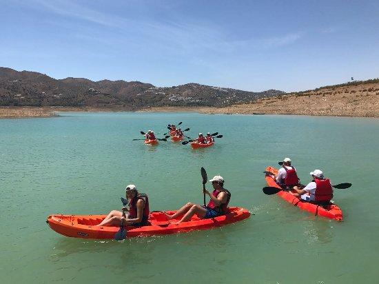 Viñuela, España: Alquiler de kayacs y rutas guiadas