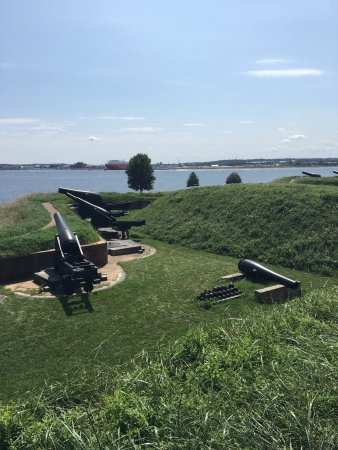 Fort McHenry National Monument: photo0.jpg