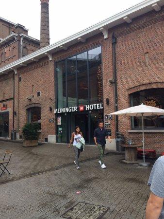 Saint-Jans-Molenbeek, Bélgica: Entrada