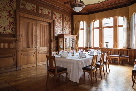 Jugendstilsenteret and Kunstmuseet Kube  The dining room of pharmacist J A    wre  Photo  Kristin. Reception desk and museum shop in the former pharmacy  Photo